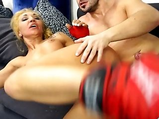 Sporty kinky MILF likes getting her snatch destroyed in multiple poses