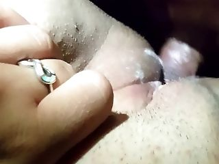 PLaYiNg WitH Ls Two CReAMpiEs
