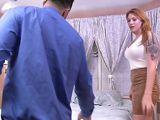 After blowing tasty dick red haired shemale Aspen Brooks enjoys good anal