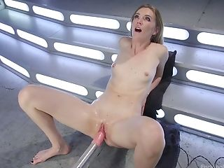 Experienced whore Mona Wales is testing a new fucking machine