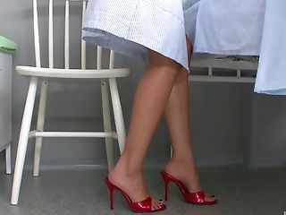 Janet Joy's feet make a hunk's pulsating cock rock hard