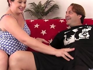 Thick model Kailie Raynes fucked with long cock