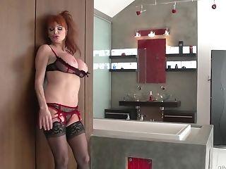 LiveGonzo Taylor Wane Busty MILF Wants More Sex