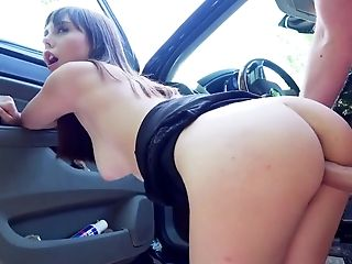 Amateur sucks dick then fucks on the back seat