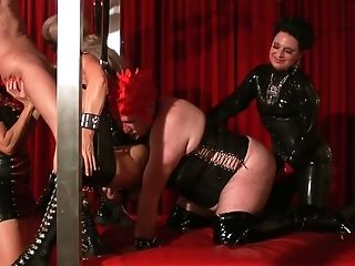 Kinky latex sex games with incredibly voracious whore Carmen Rivera